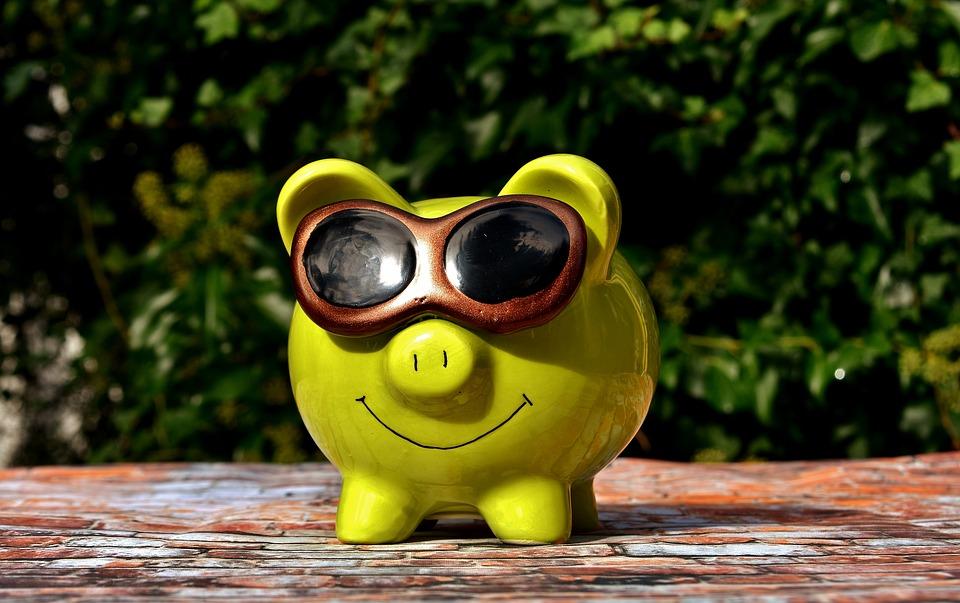 Preisvergleichs-Portale, Gutscheine und Cashback-Programme: Geld sparen beim Online-Shopping